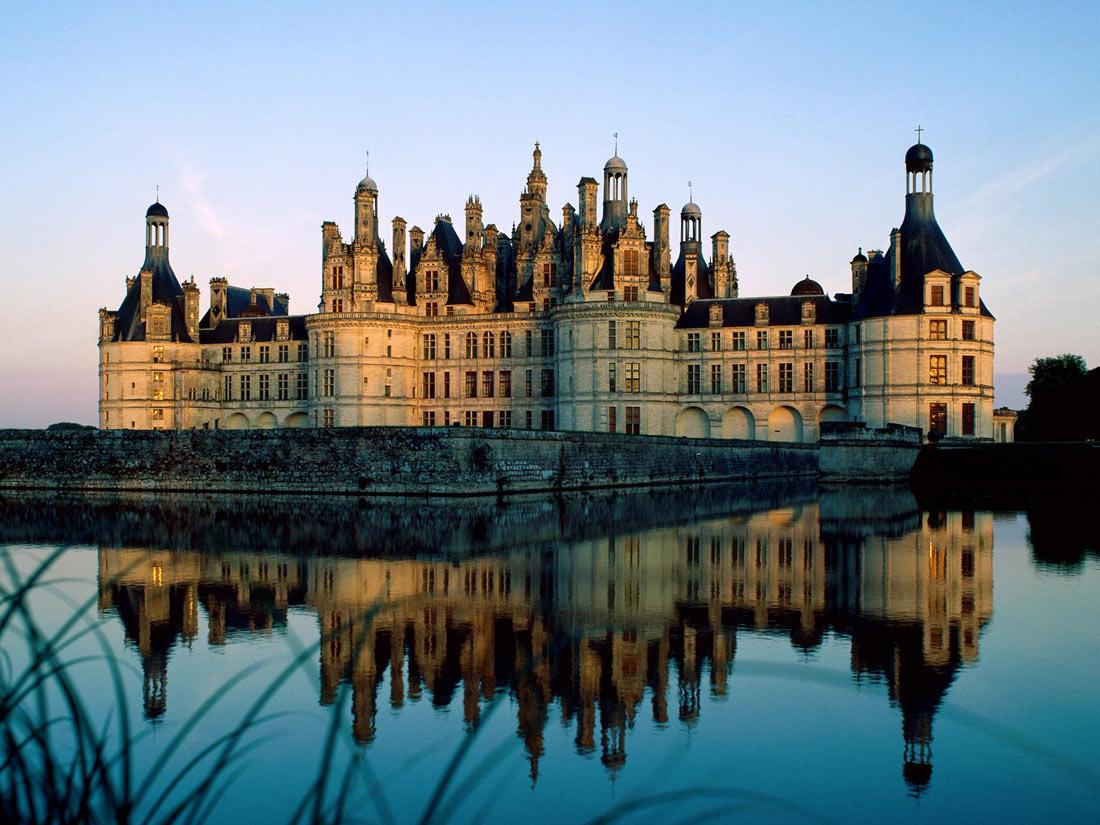 قلعة شامبور باريس