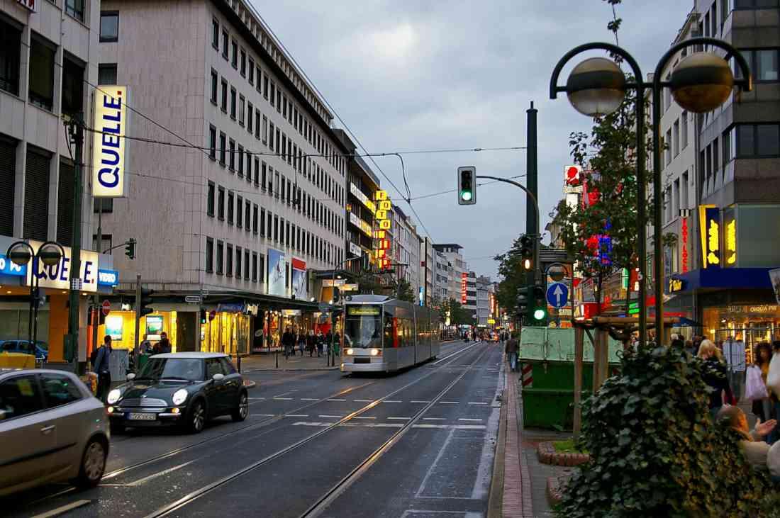 شارع شادوشتراسه دوسلدورف