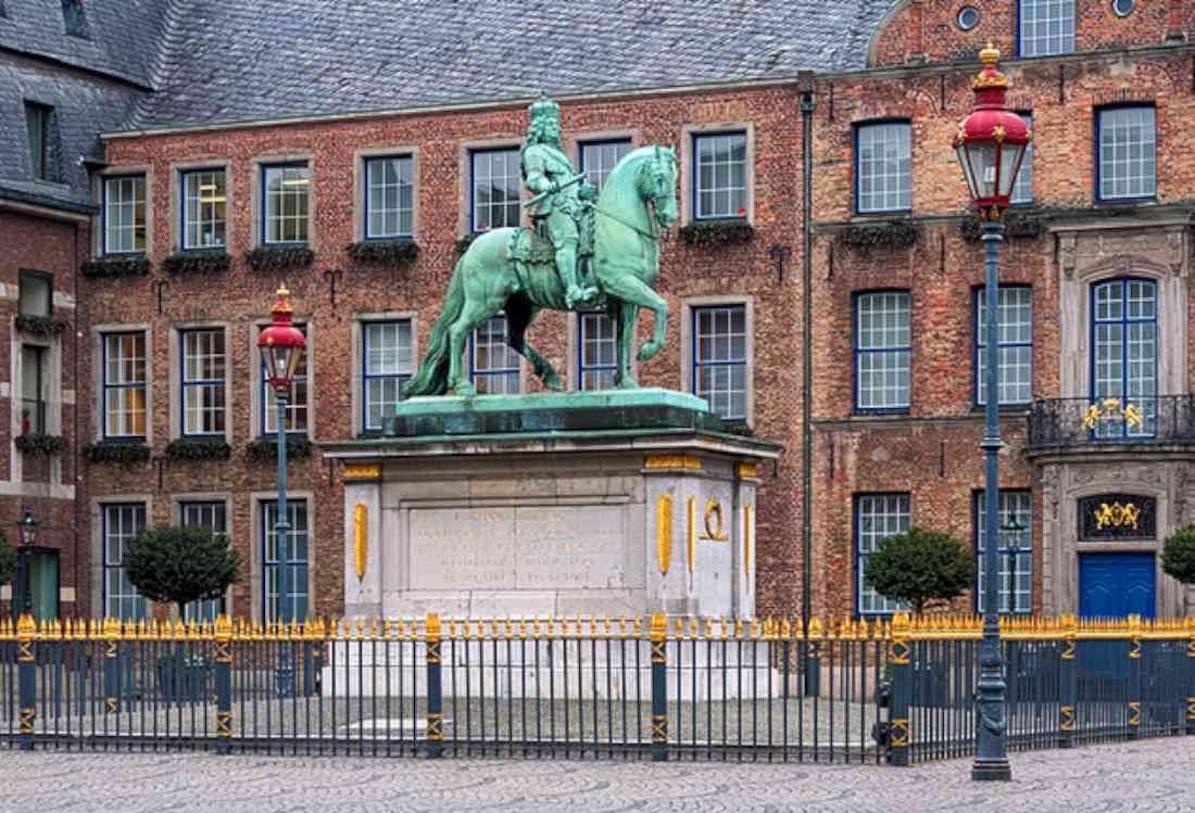 مدينة دوسلدورف القديمة