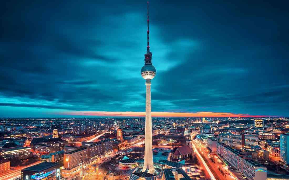 السياحة في برلين ليلا