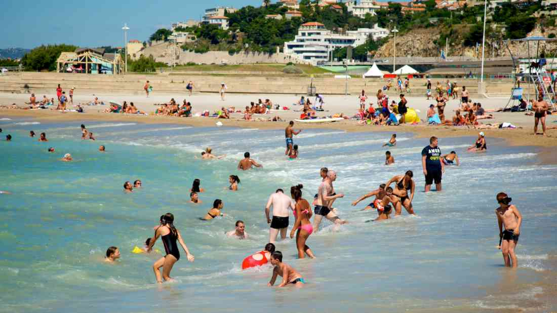 شاطئ دو برادو مرسيليا
