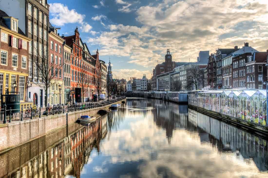قنوات أمستردام.