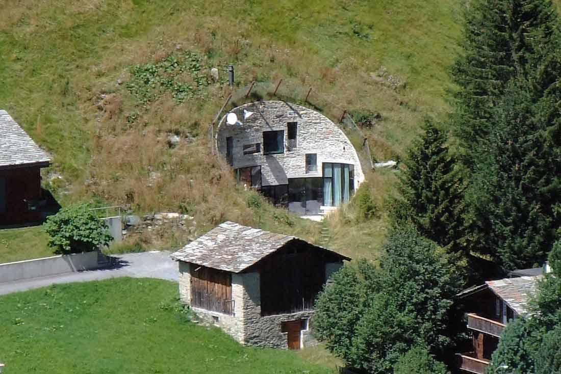 قرية فالس سويسرا