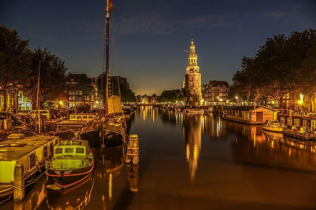 مشهد خلال أحد ليالي أمستردام