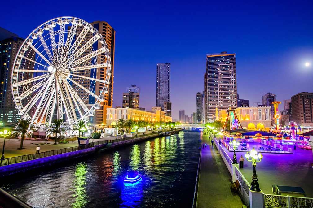 مدينة الشارقة في الإمارات.