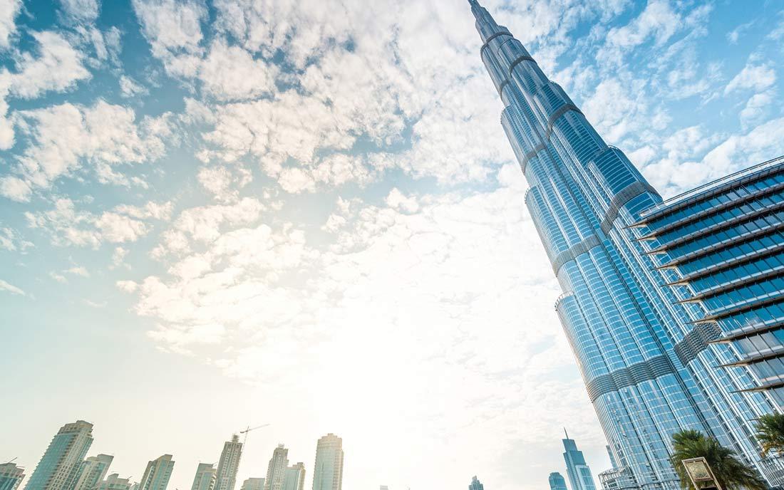 برج خليفة في الإمارات.