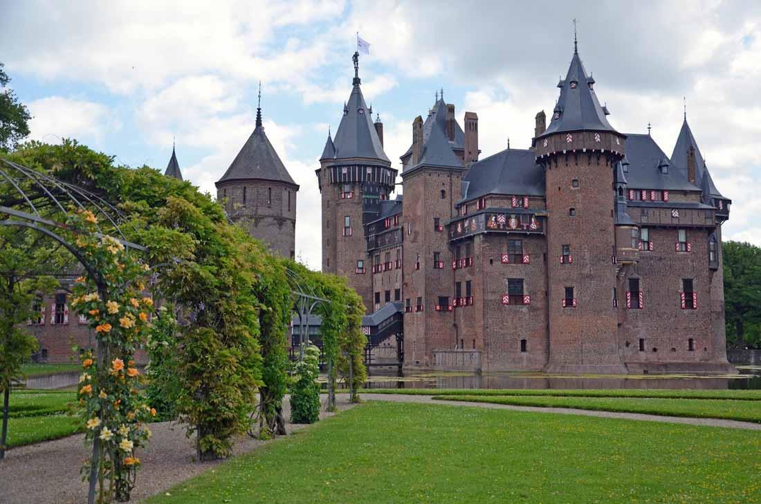 قلعة دي هار في أوترخت.