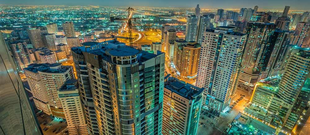 الشارقة في الإمارات.