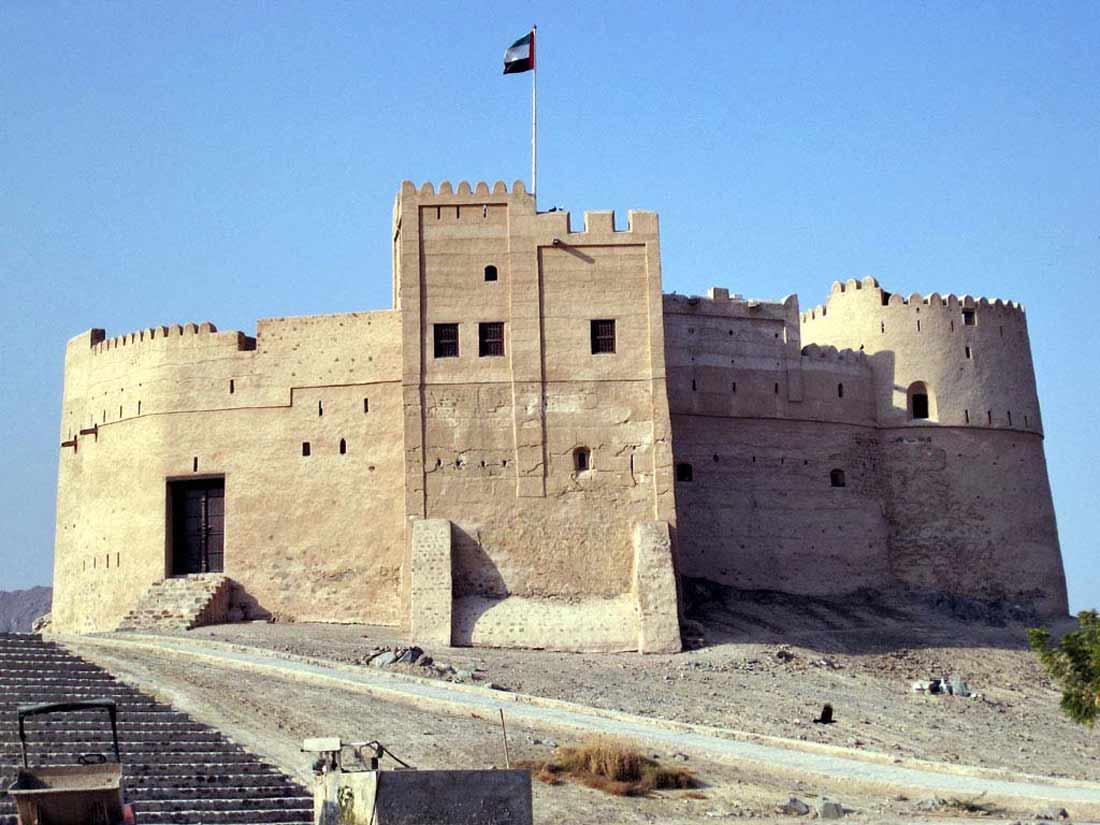 قلعة البثنة في الفجيرة بالإمارات.