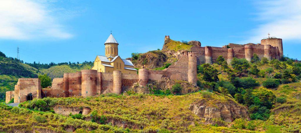 قلعة-ناريكالا