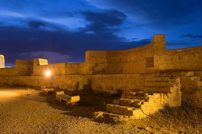 قلعة ناريكالا التاريخية حصون جورجيا ظ…ط§-طھط¨ظ'ظٹ-ظ…ظ†ظ‡ط§.jpg