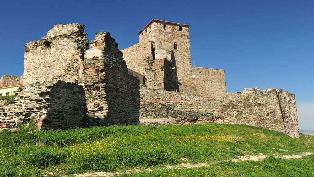 قلعة هيبتابرجيون في مدينة سالونيك اليونانية.