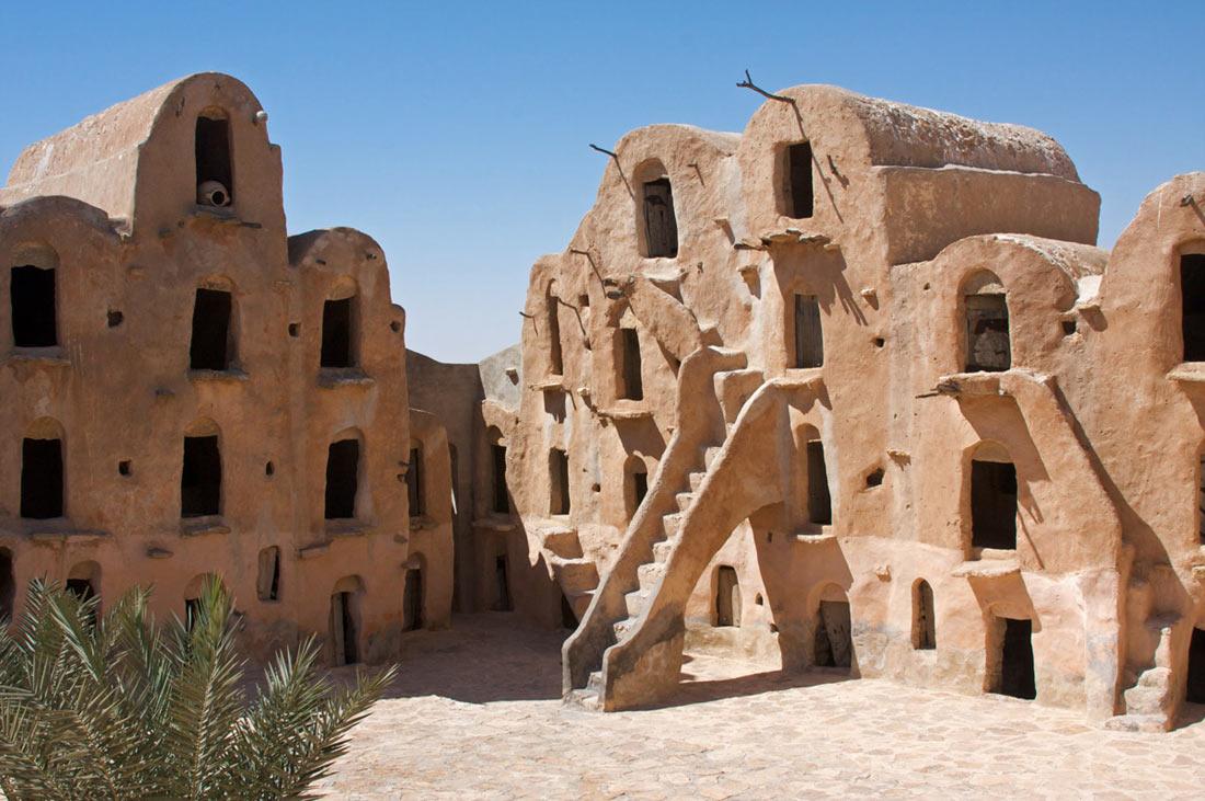 قصر أولاد سلطان في تطاوين بتونس.