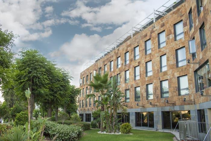 فندق ريبيرا دي تريانا – 4 نجوم