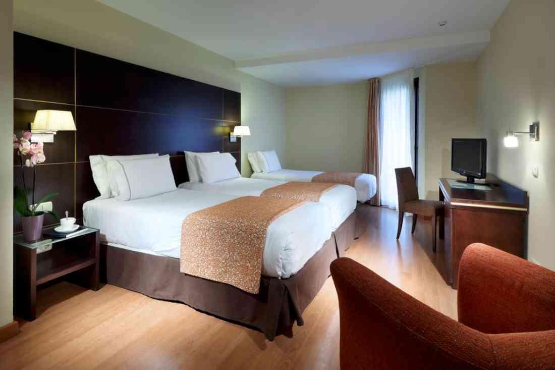 فندق Eurostars Plaza Acueducto