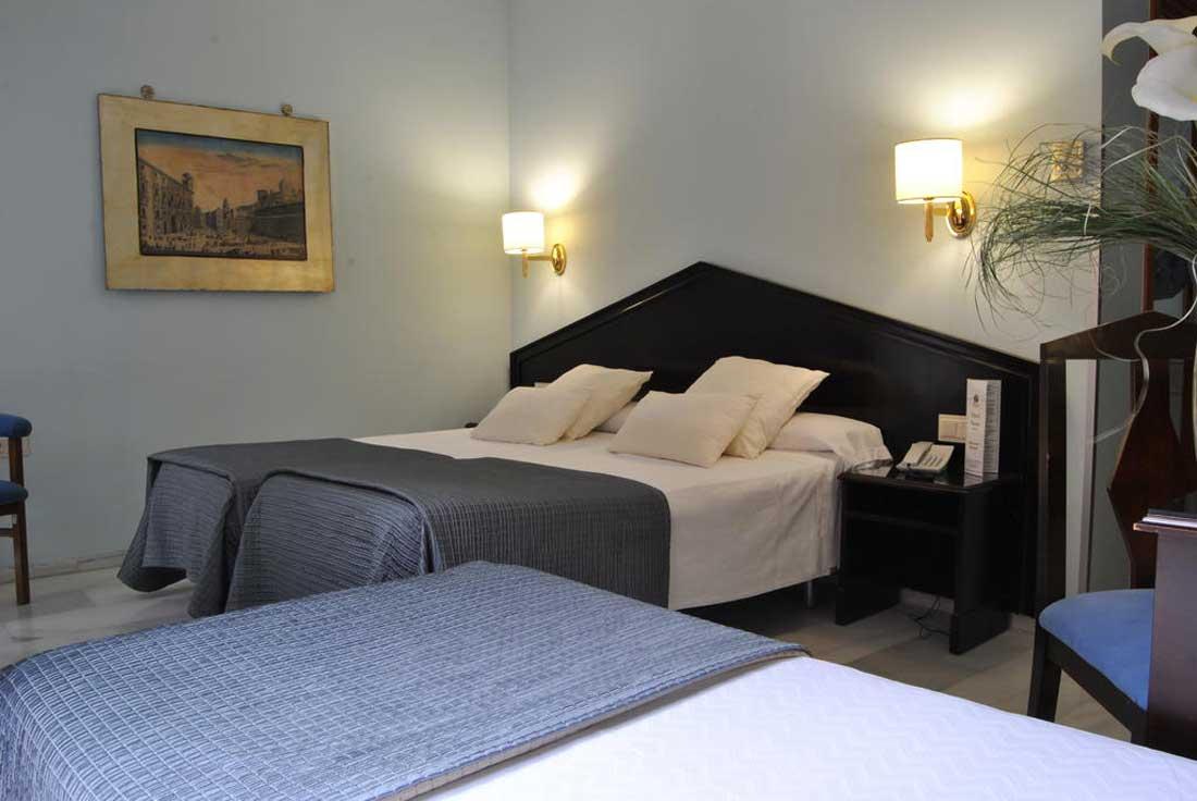 فندق نافاس في غرناطة