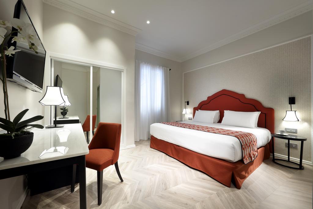 فندق يوروستارز ريجينا في اشبيلية