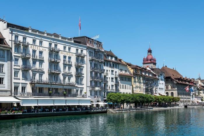 فندق دي بالانس – 4 نجوم