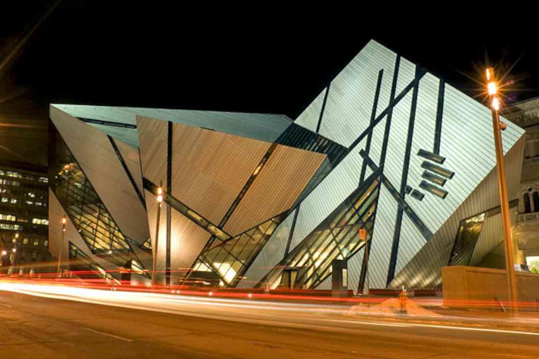 أماكن السياحة في تورنتو متحف أونتاريو الملكي