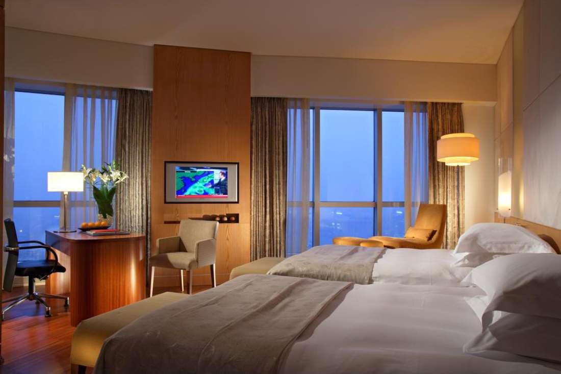 فندق سويسأوتيل كراسني هولمي