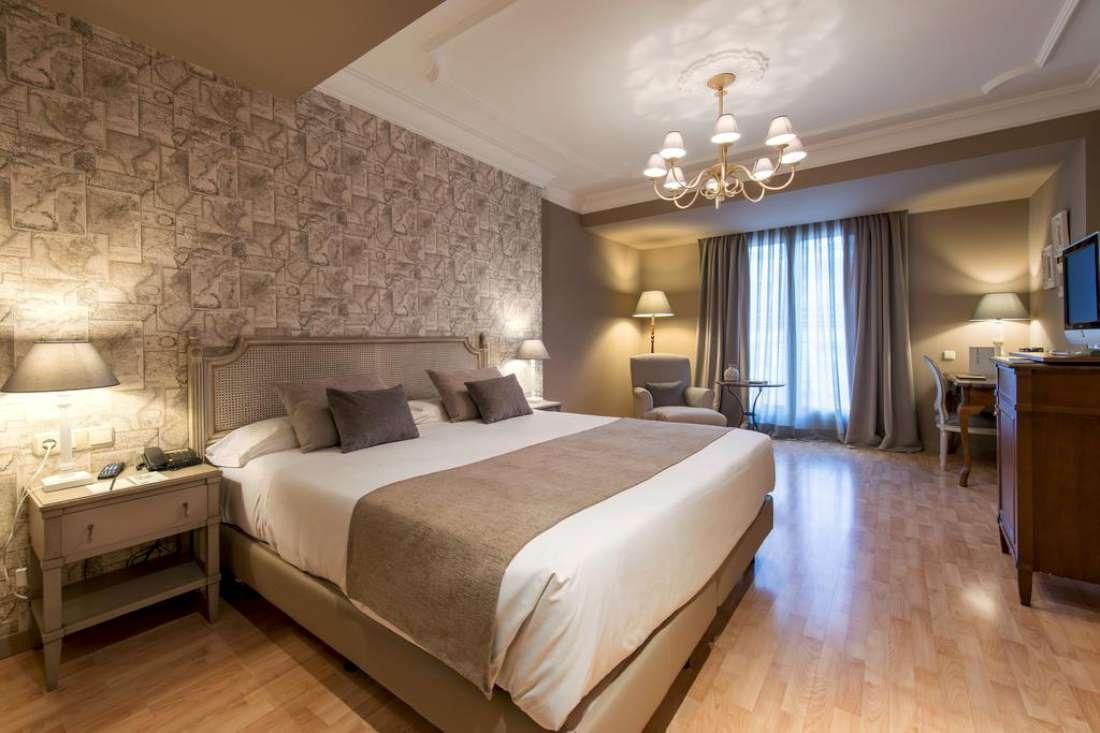 فندق فينتشي ليز