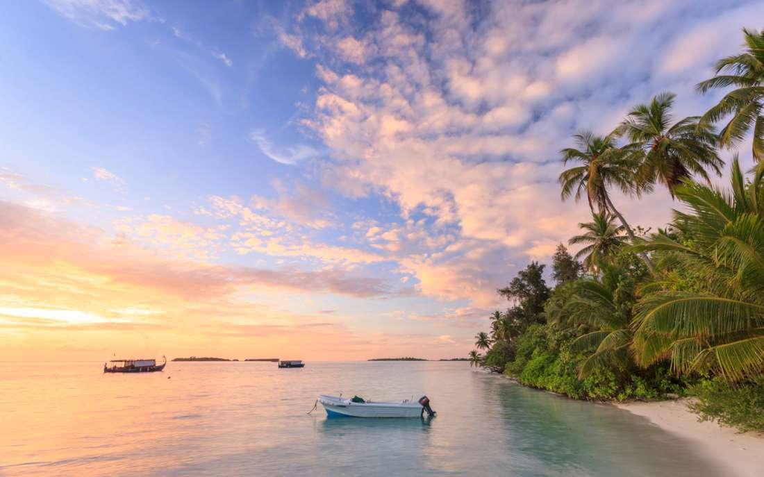 موقع جزر المالديف